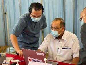 Lawatan Timbalan Menteri MOSTI ke Pusat Pemberian Vaksin PPV Kompleks Komuniti Muhibbah 7